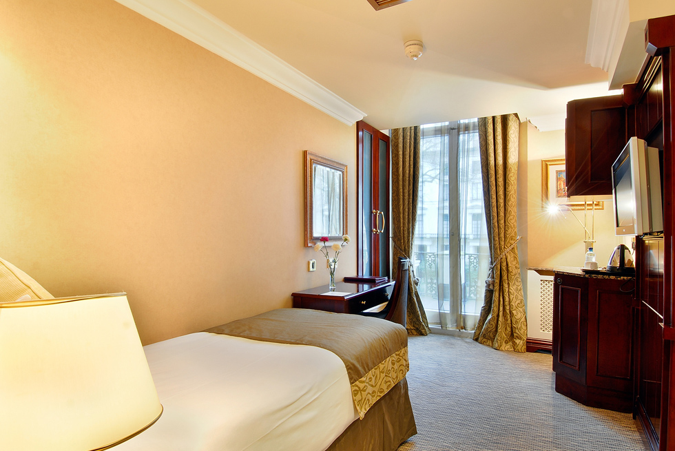 London Hotels - Luxury to Cheap Hotels in central London