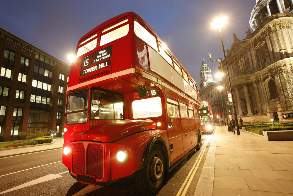 Bus-Tops arrives in London : The Shaftesbury