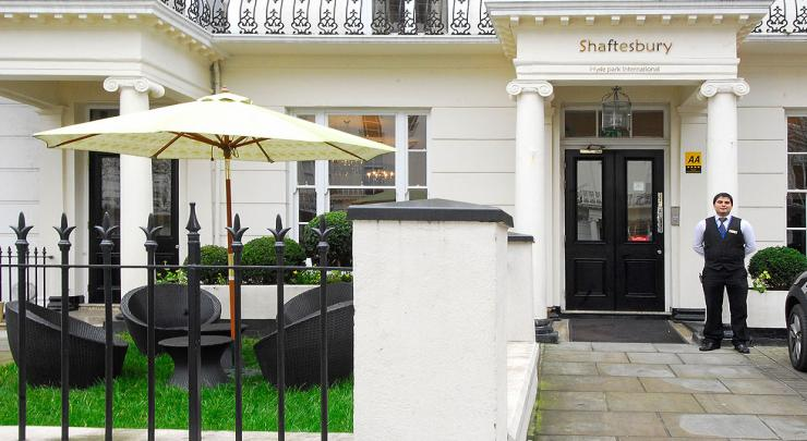 Shaftesbury hyde park international hotel in inverness for 2 6 inverness terrace london